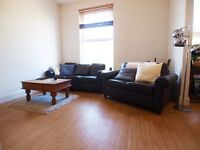 A stunning and bright 2 double bedroom flat split over 2 levels short walk to Finsbury Park tube