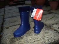 Ladies Demar Luna boots. BRAND NEW - lightweight thermal boots size 6. £20- Topsham area