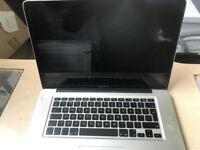 Apple Macbook Pro 15.4 inch 750 gb storage 4gb memory A1286