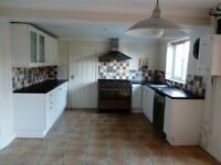 For sale kitchen: c/w wall units, floor units, worktops, kitchen range, extractor, sink and taps
