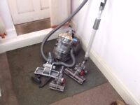 reconditioned dyson stoweaway 1400 watt cylinder hoover with tools.