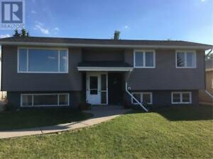 17 West RD Kindersley, Saskatchewan