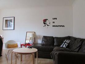 3 bedroom flat in W2 6NJ Blomfield Villas