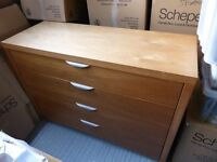 Large Chest of Drawers/ Blanket Chest/ 4 Drawer Unit