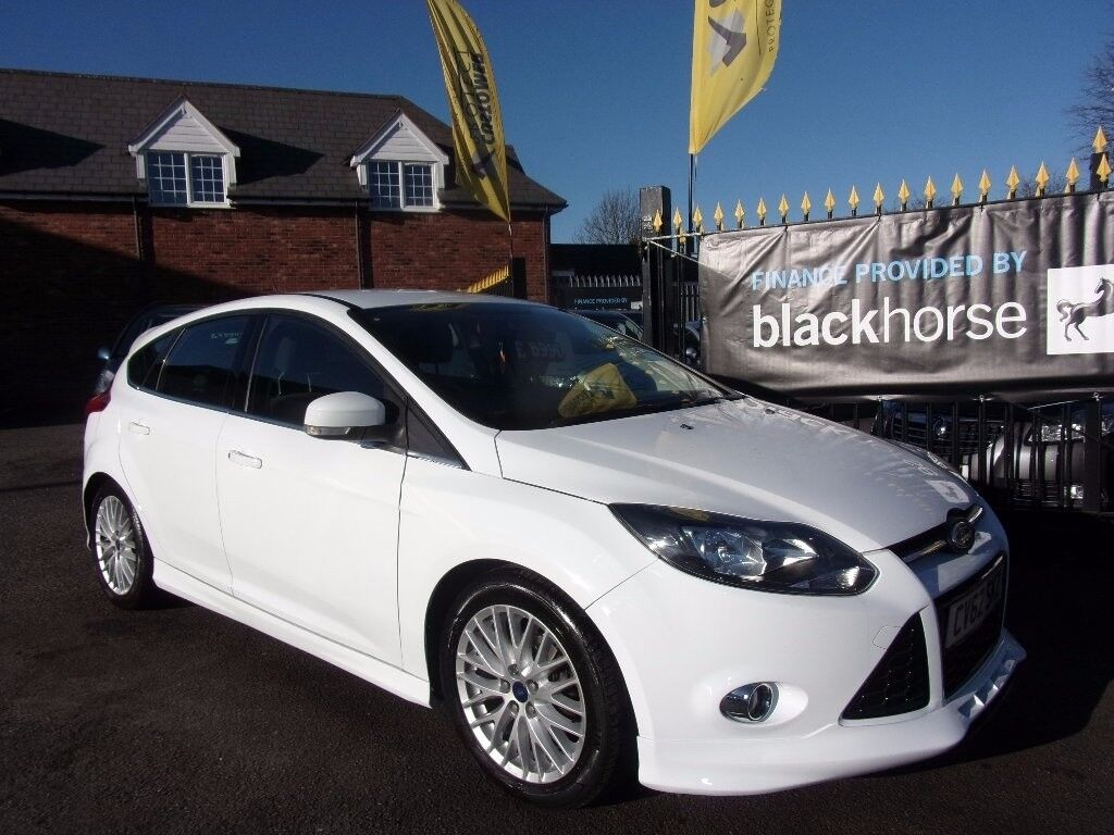 ford focus 1 6 tdci zetec s 5dr white 2012 in. Black Bedroom Furniture Sets. Home Design Ideas