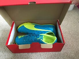 Brand new football trainers size 6.5 uk