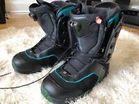 2011 Salomon Pledge Men's Snowboard Boots, UK 8.5
