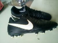 Kids size 3 football boots