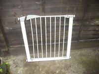 baby stair gate for sale