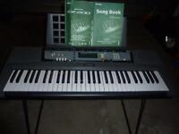 Yamaha Portatone EZ-200 Keyboard