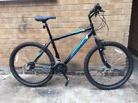 Mens Hardtail Front Suspension Mountain Bike in MINT Condition