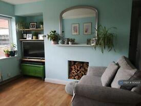 2 bedroom flat in Northwood Hall, London, N6 (2 bed) (#1104201)