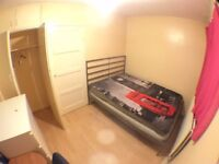 <<< Lovely BIG Single Room with a DOUBLE BED >>>