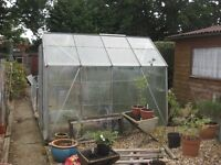 8 x 6 GREENHOUSE READY FOR RE-ASSEMBLY.