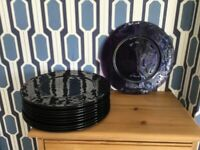 Glass dinnerware service