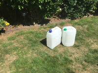 2 x 25 litre water containers NEVER USED