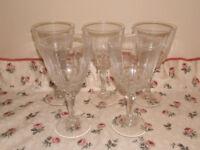 Luminarc wine glass set.