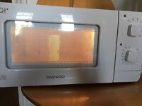 Compact Microwave Daewoo QT 6 Autocook Programmes