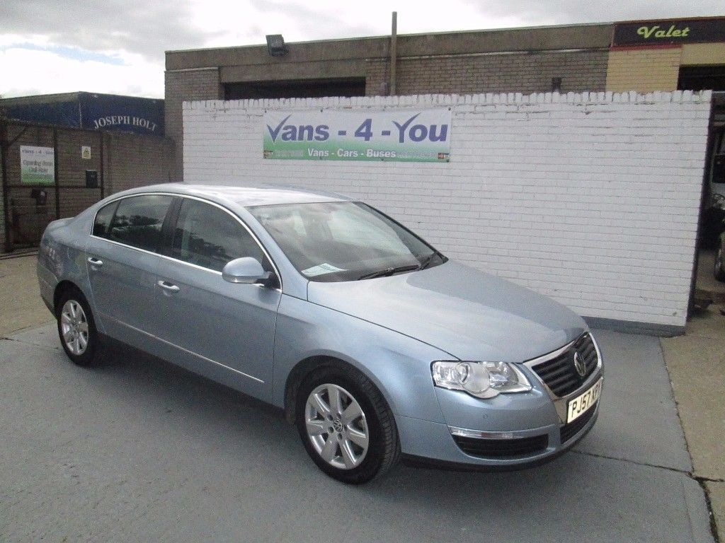 2007 vw passat 14 vw service stamps car is like new and. Black Bedroom Furniture Sets. Home Design Ideas