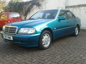 Mercedes C 200 ELEGANCE VERY LOW MILEAGE 67.000