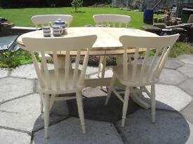 Solid Pine Ducal Oval Extending Table and 4 Chairs In Farrow & Ball Cream No 67