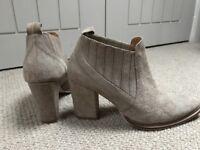 Zara grey ankle boots size 6