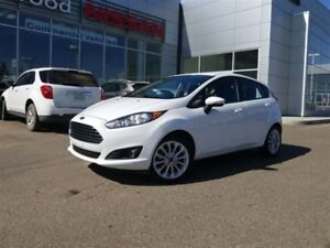 2014 Ford Fiesta SE *PST Paid!*