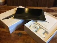 Apple iPad MIni 2 - 32GB - Wifi - Space Grey - 1 week old - Plus Extras