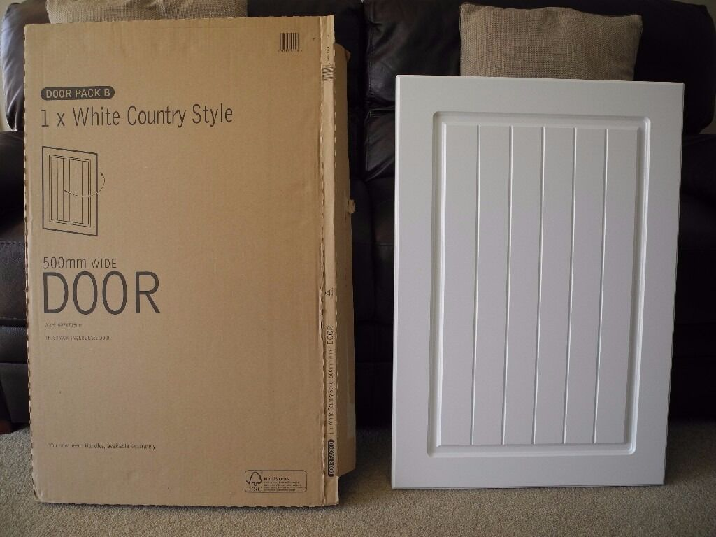 Kitchen Cabinet Door White Country Style 500mm Wide B Q Unused