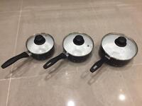3 non stick saucepans