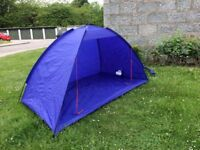 Gelert York sun shelter/ tent light weight only 1.25 kilo fibreglass poles only used once