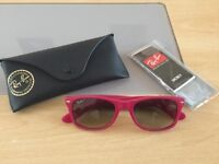 "Authentic Ray Ban ""New Wayfarer"" (RB 2132) *LIKE NEW*"