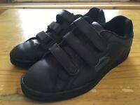 Boys Slazenger black trainers size 3