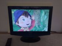 Samsung 19 inch LCD HD television built in Freeview in excellent condition