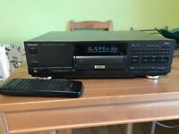 Technics SL-PS900 Cd Player With Remote And Manual