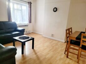 Bright and Spacious 2 Bed Flat!