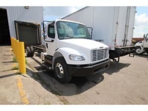 2012 Freightliner M2 suitable for 26 ft