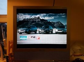 SAMSUNG SyncMaster 710MP LCD TV/Monitor