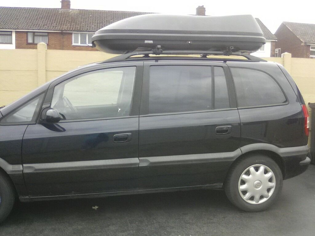 Halfords Roof Box With Bars To Fit Zafira In Sandwell