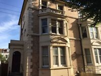 Student rooms available @ £110 per person per week - near Hove station