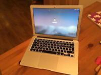 "MacBook Air 13"" 2015 model, 256gb ssd and 4gb ram"