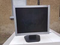 Samsung syncmaster 17in LCD monitor
