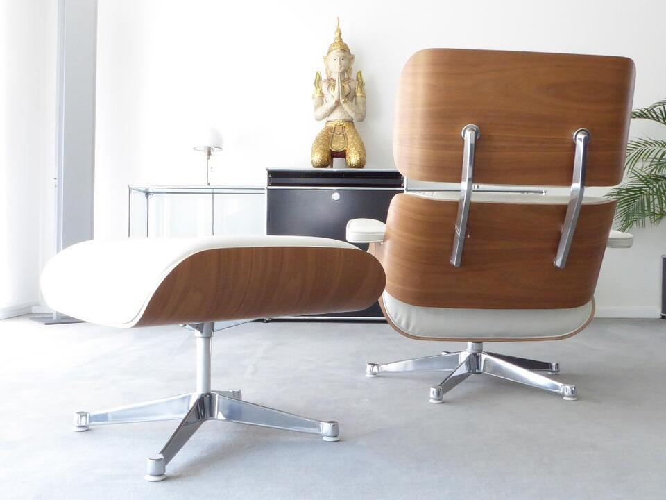 Vitra Eames Lounge Chair XL + Ottoman, White Version, Top! in Berlin