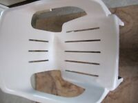 Quality Oasis white plastic chair in excellent condition. Comfy ergonomic design, strong, stable ...