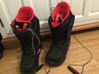 Snowboarding boots size 8
