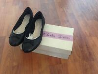 Clarks, Couture Bloom Black Leather, Size 2