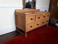Oak dressing table.