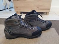 Scarpa Mens Walking / Hiking Boots. Size UK 10.5 / EU 45