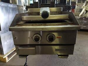 "Plaque a Sandwich 18"" Electrique / Electric Sandwich griddle MKE"