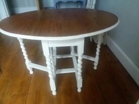 Small dining table table